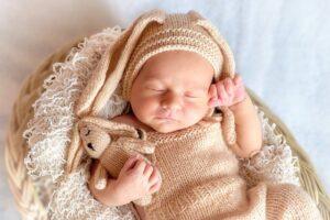 Причины икоты у новорожденных.