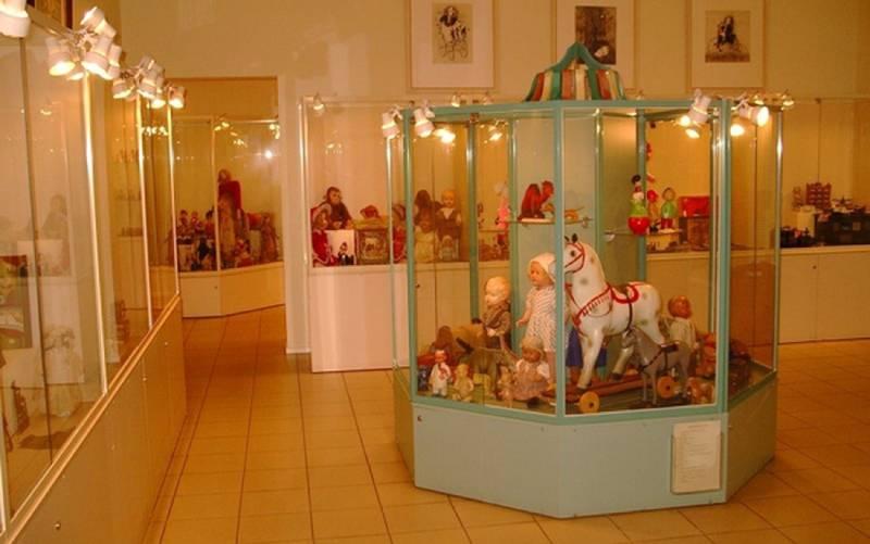Музей игрушки в Питере (фото).